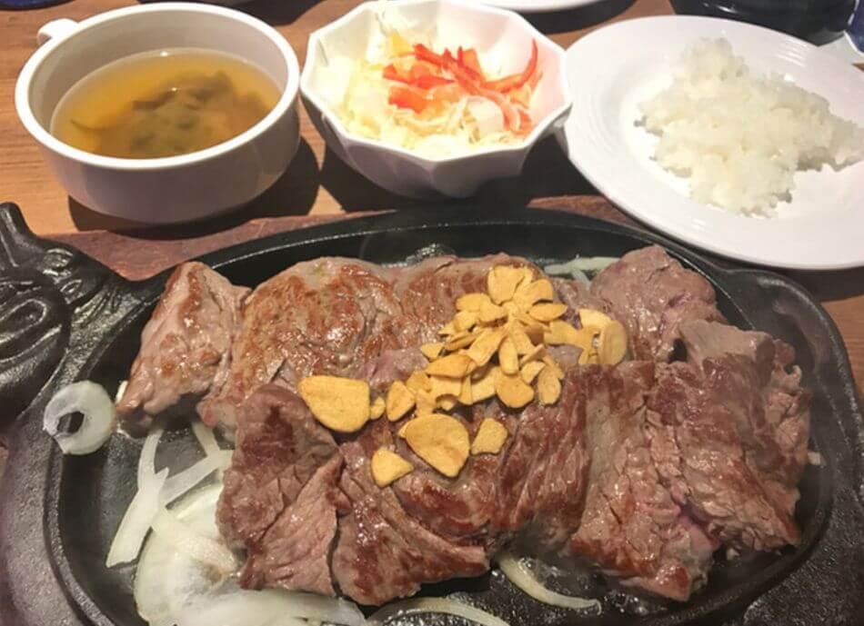 沖繩牛排推薦-ステーキハウス88 Jr.松山店牛排屋88 Jr. 松山店STEAKHOUSE 88 Jr. Matsuyama Restaurant