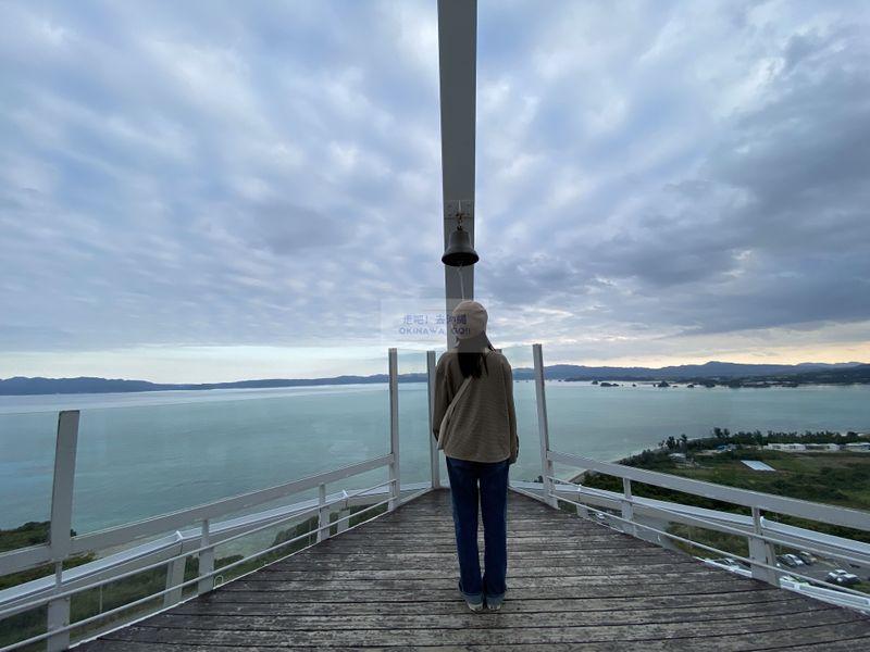 沖繩行程分享-古宇利海洋塔頂樓甲板