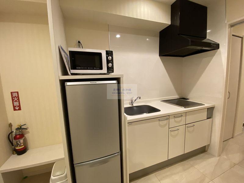 Wisteria公寓度假村-玄關、小廚房