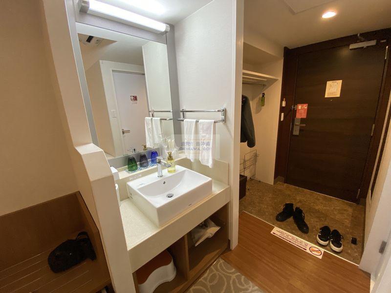 Vessel Hotel Campana Okinawa飯店開箱評價-洗手台