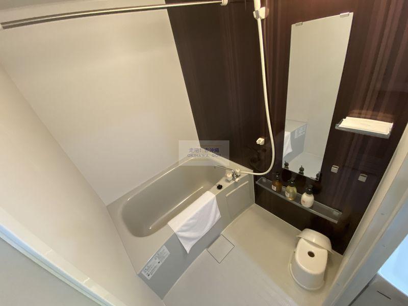 宇宙歌町站公寓-淋浴間